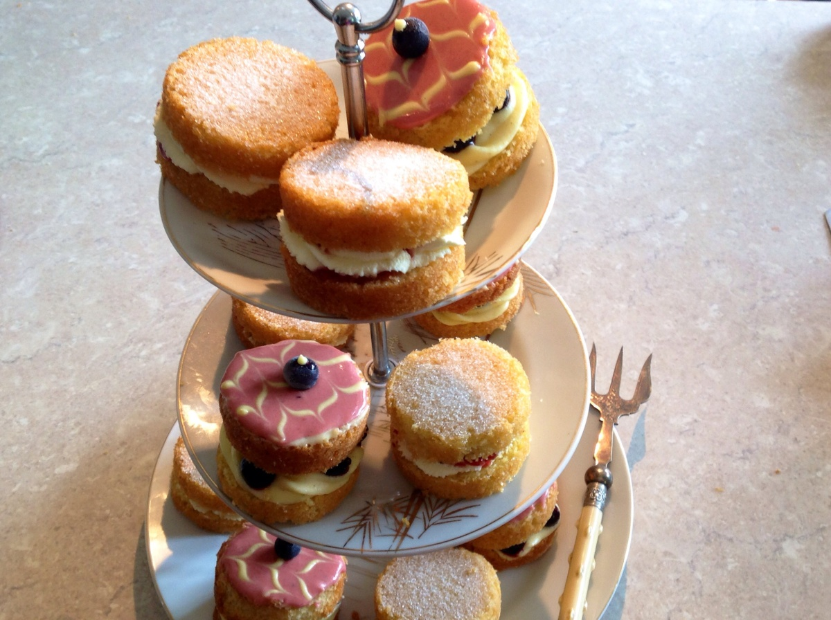 Mini Victoria SandwichCakes