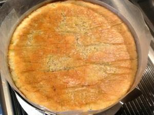 Lay sponge firmly over the crème mousseline