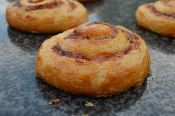 Ham & cheese croissant whirls