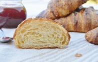 croissants: light, honeycombed structure