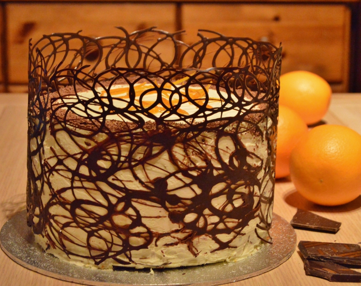 Dark chocolate & orange gateau