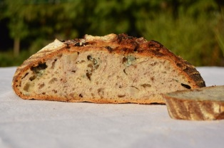 Pear, walnut & Gorgonzola sourdough
