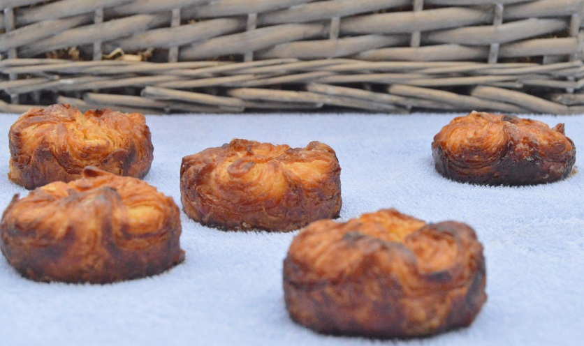 Easy apple & cinnamon kouign-amann