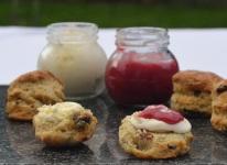 Earl Grey scones with raspberry curd
