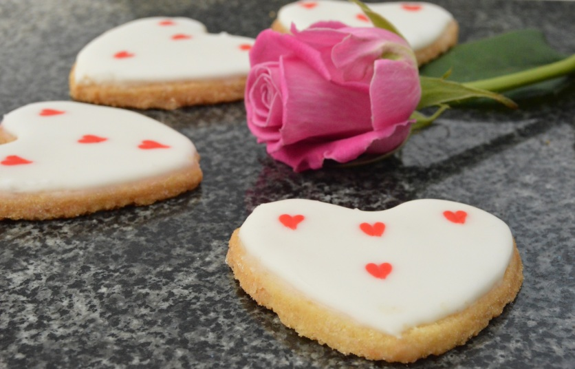Lemon & honey Valentine shortbreads