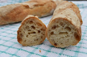baguettes: with an open hole structure