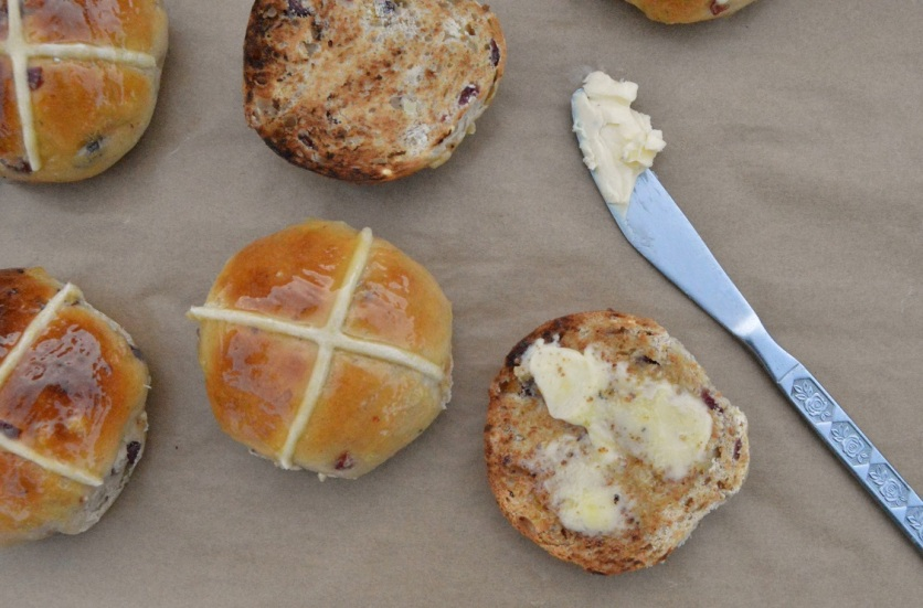 Hot cross buns, Easter, baking, cooking, food, foodie, easterfood, Easter baking, yeast, dough, homecook, Philip, Philipfriend, philipfriend, cookery, Surrey, hotcrossbuns, fruit, glaze, marmalade, knead, prove, fermentation