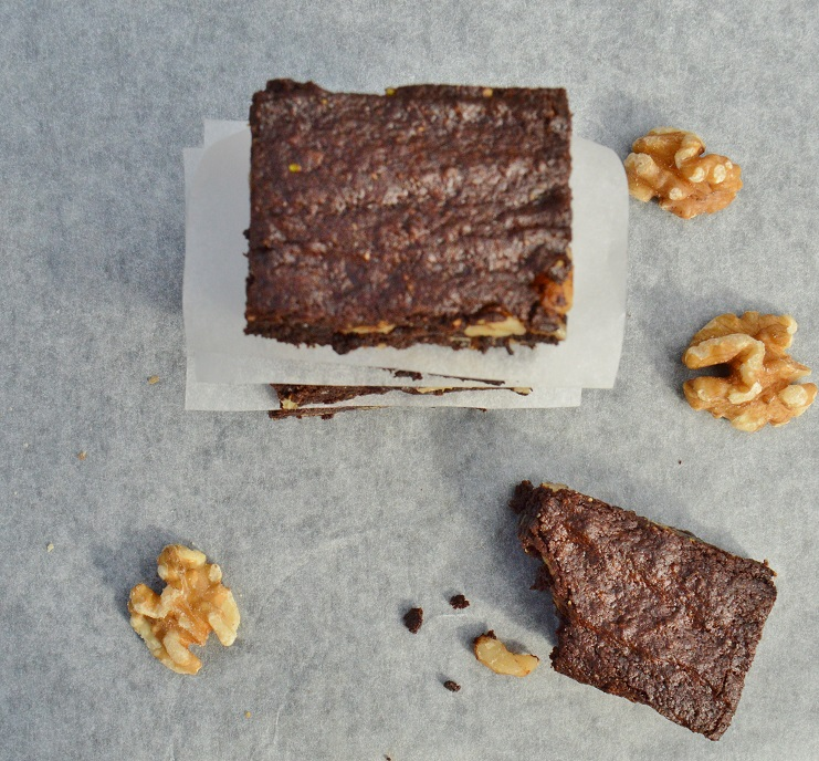 Cocoa brownies with browned butter & walnuts