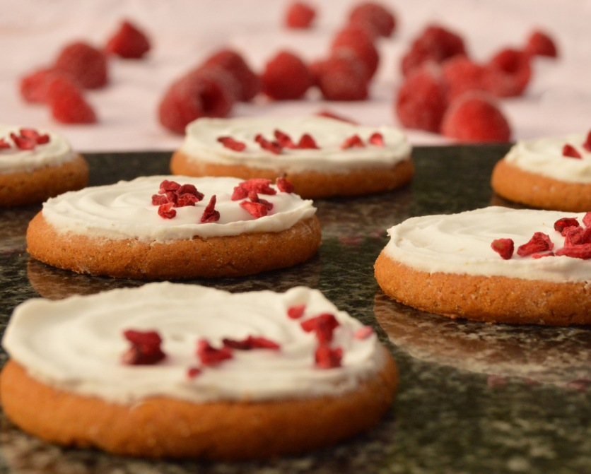 ginger and lemon iced biscuits