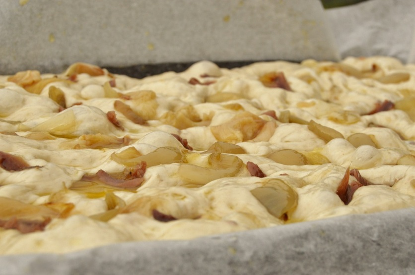 anchovy, onion & garlic focaccia: ready to bake