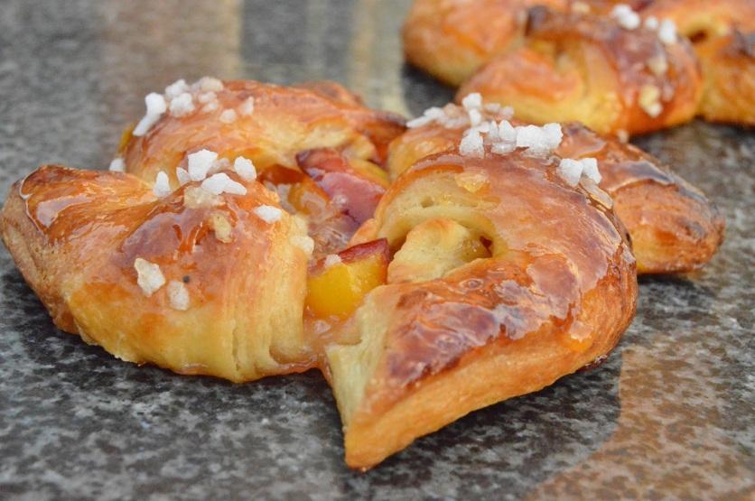 Short-cut peach Danish pastries: pinwheel shape