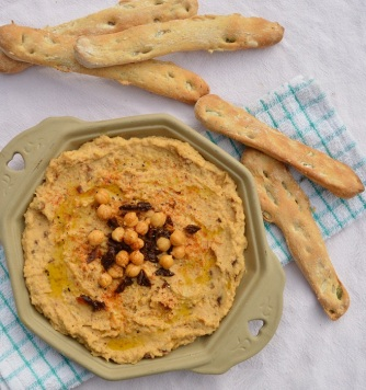 seeded flatbreads with sun-dried tomato hummus