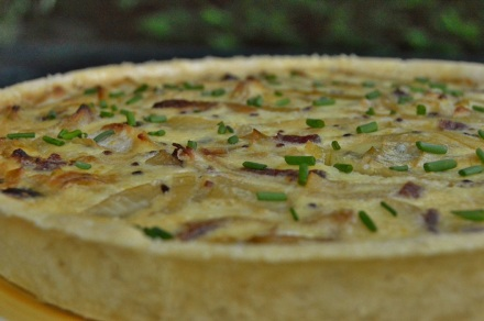 Smoked ham and fennel tart