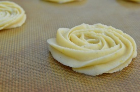 Larger Viennese whirls : ready to bake