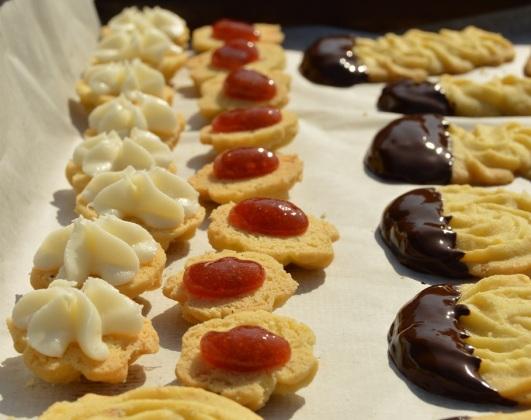 Assembling cinnamon & orange viennese whirl biscuits