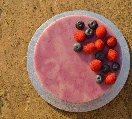 Blueberry and raspberry cheesecake with mirror glaze