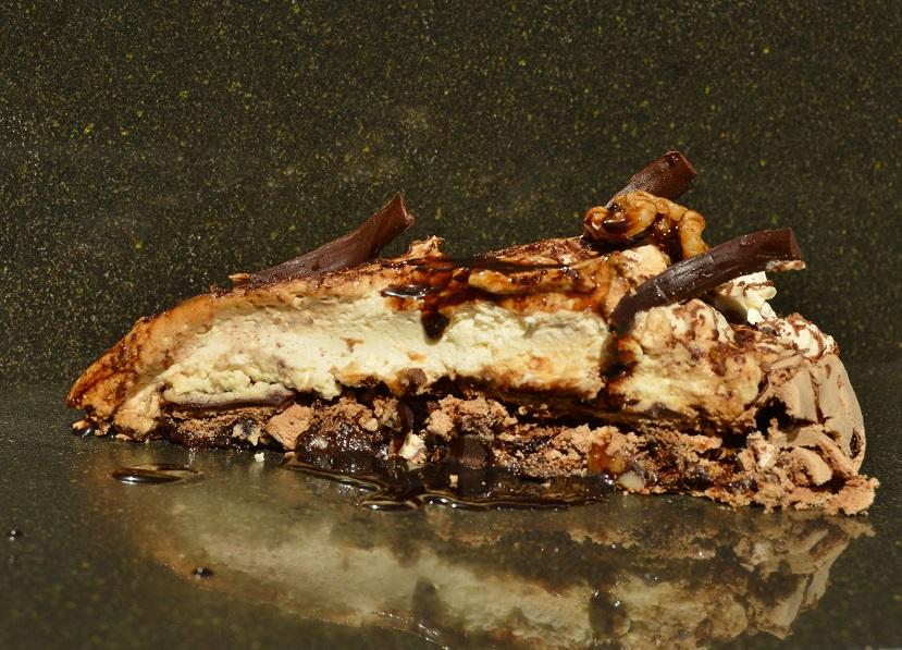Mocha walnut pavlova: one slice might not be enough!