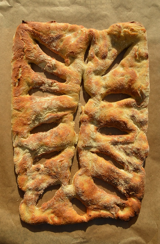 Garlic & rosemary fougasse bread