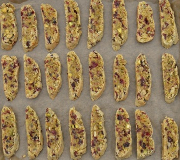 biscotti: ready for a 2nd slower bake