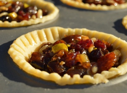 well-filled with the mincemeat