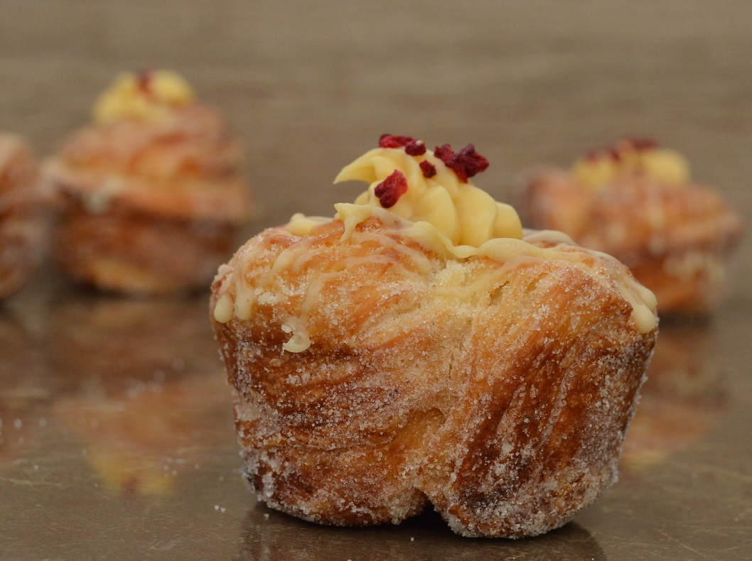 Lemon sherbet cruffins (quirky viennoiserie!)