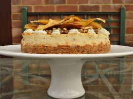 Gorgonzola, pear & walnut cheesecake