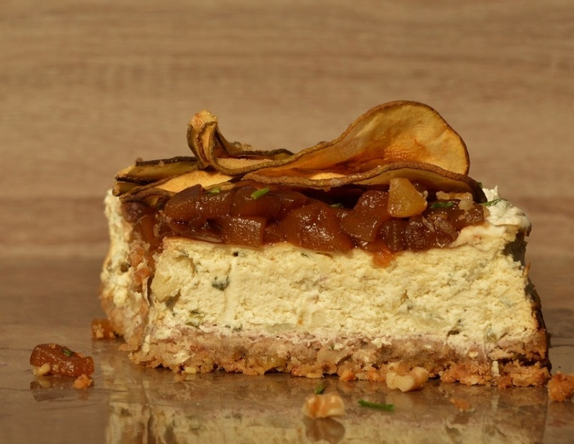Gorgonzola, pear and walnut cheesecake