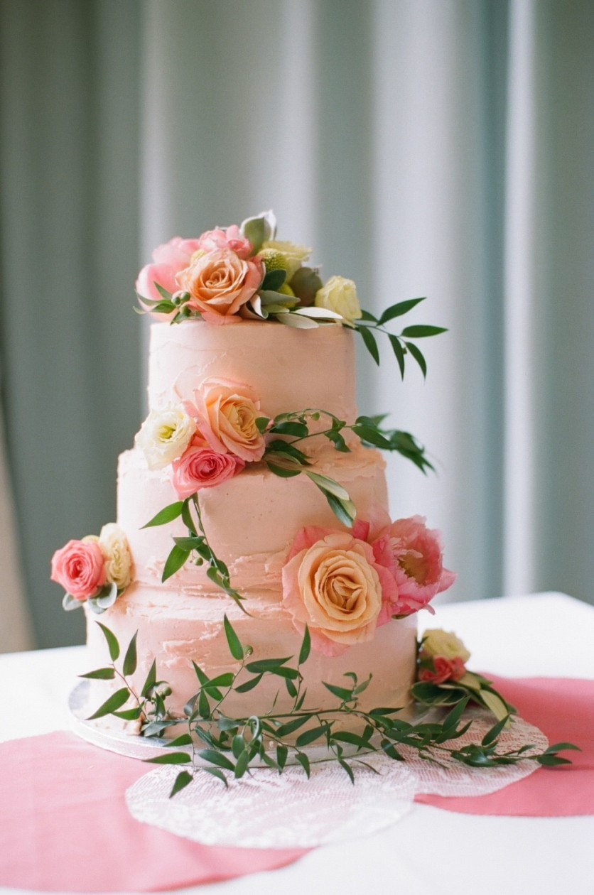 Wedding cake I made: photo published in You and Your Magazine