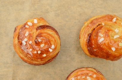 off-cut bi-colour croissant whirls