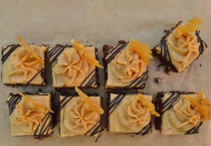 mini salted caramel chocolate cakes