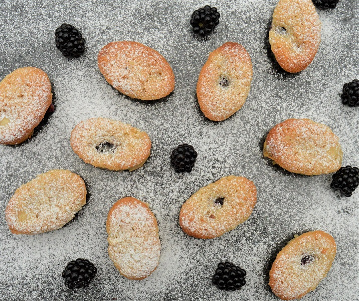 blackberry and apple friands