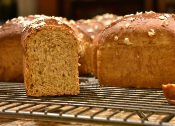 black treacle and Guinness bread