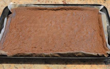 baked chocolate whisked sponge
