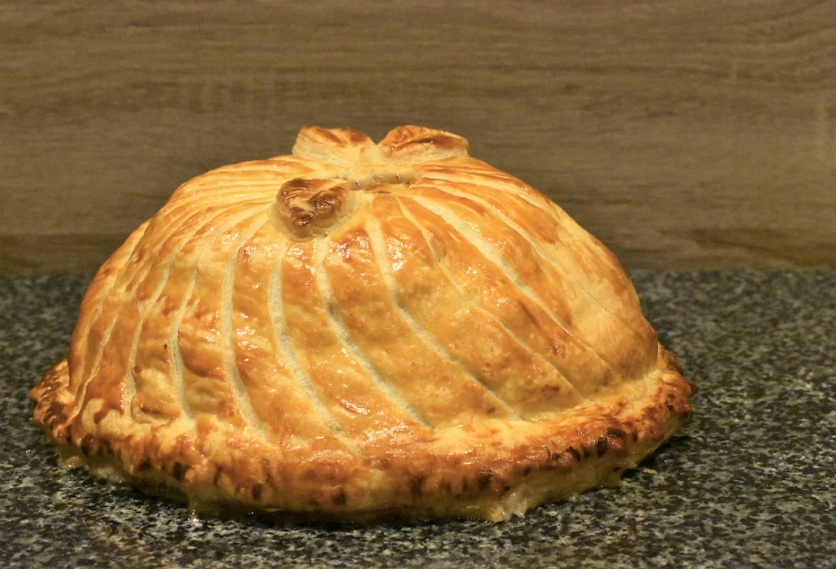 layered pork pithivier pie