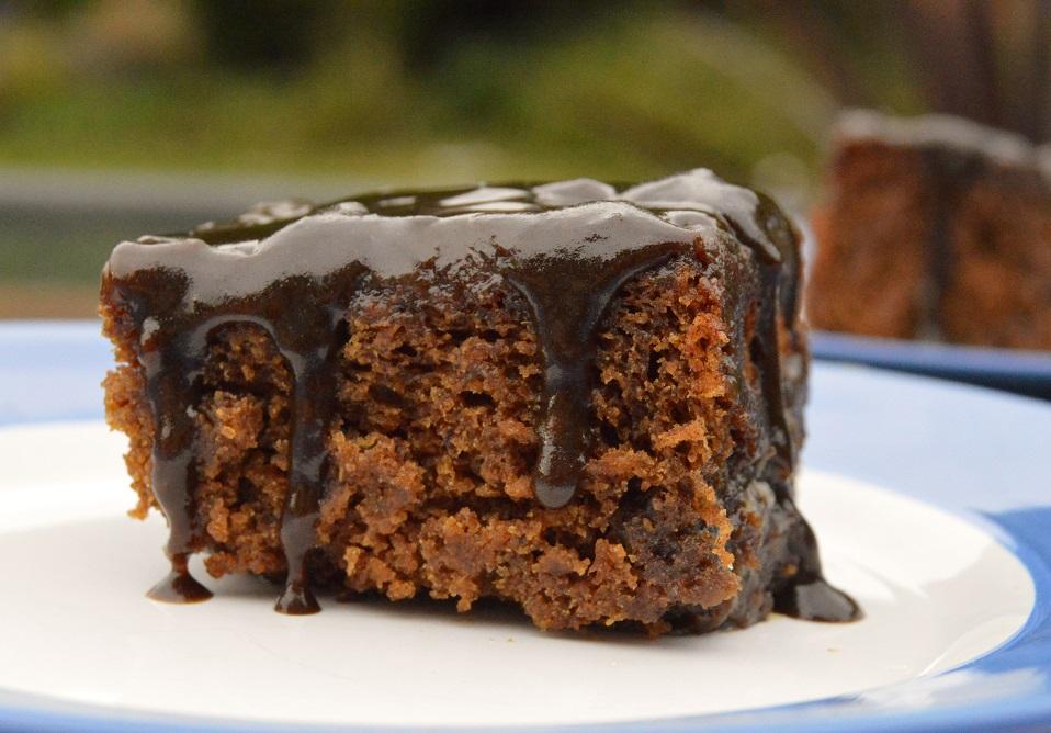 Ginger & tamarind sticky toffeepudding