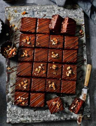 For Sainsbury's Mag: choc, pecan & salted caramel torte