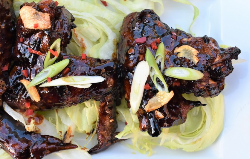 spiced soy sauce-glazed chicken wings