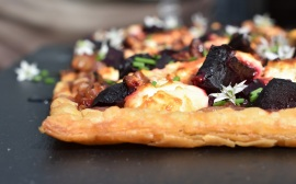 beetroot and goats' cheese tart