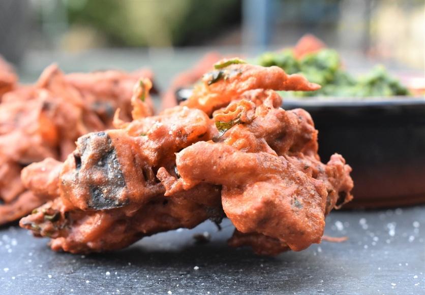 pakora, vegan, vegetables, vegetarian, pakoras, fry, cook, homecook, cooking, recipe, Indian, Indianfood, Indian food, snacks, starter, spiced, bhaji, chutney, garlic, mint, relish, coriander, spices. spicy, onion, philip, philipfriend, philip friend, bbhc, cookery, food, foodie