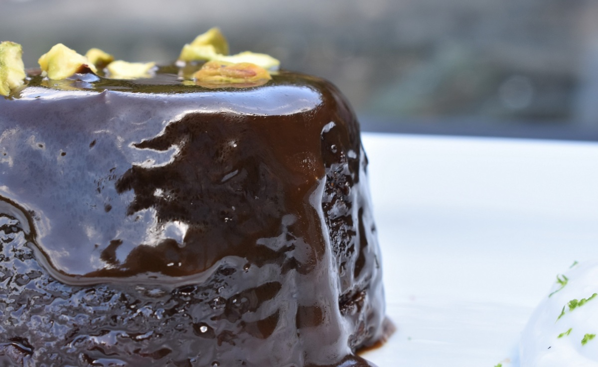 Dairy-free sticky toffee ginger puddings