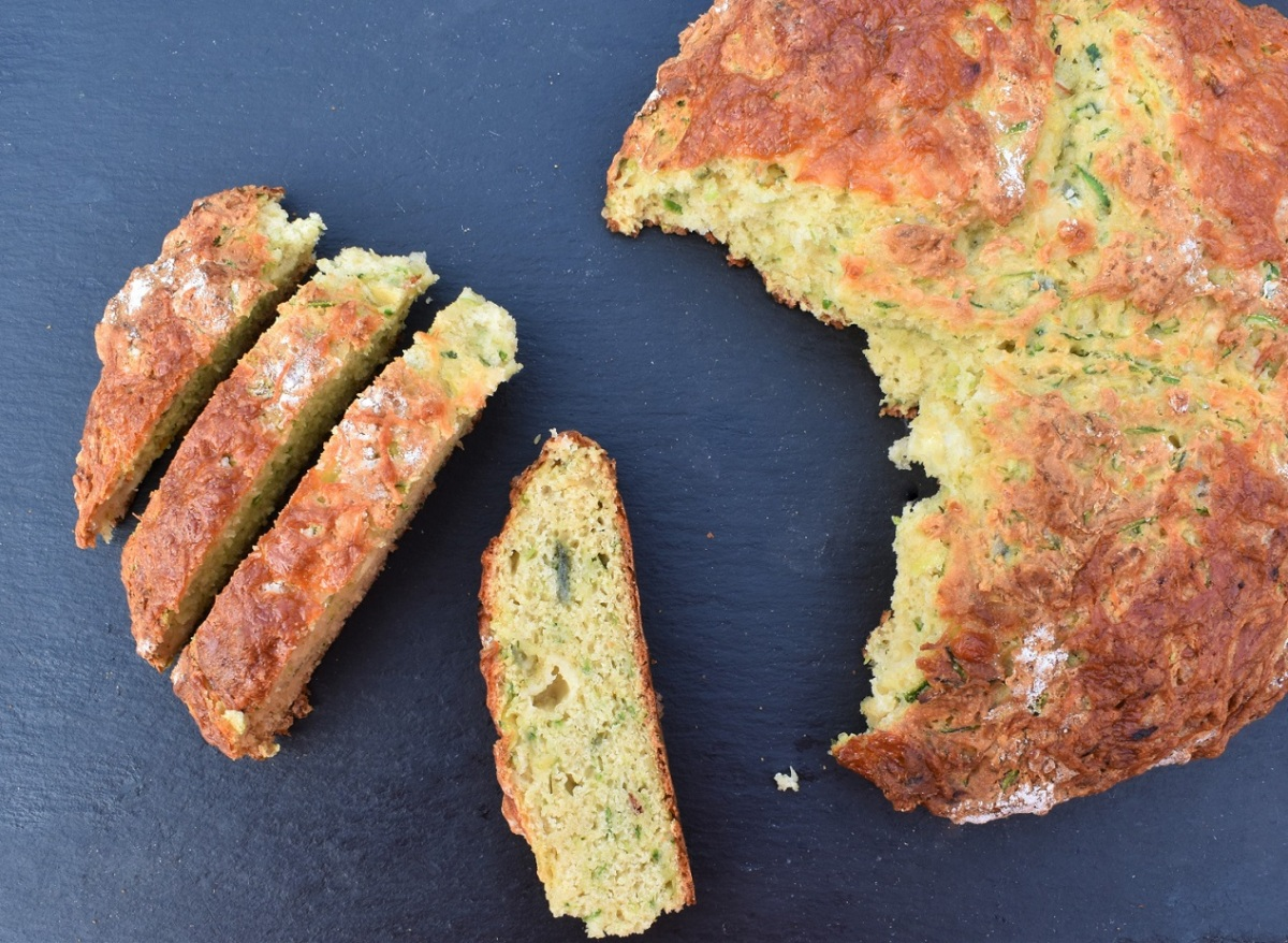 Courgette, cheese & chilli soda bread