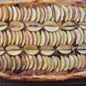 pastry, puff, laminated, puffpastry, butter. tart. galette, apple. glaze. glazed, appletart, festive. Christmas, xmas, nowaste. leftovers. left-overs, mincemeat, marzipan, almond, almondpaste. quick, easy, recipe, writer, homecook, Philip, Philip friend, Philipfriend, britains best home cook, besthomecook, best home cook, bbc1, bbc, television, bbcone, food, foodie, baking, cooking