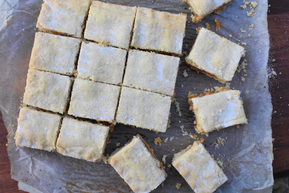 Spiced apricot & almond shortbread
