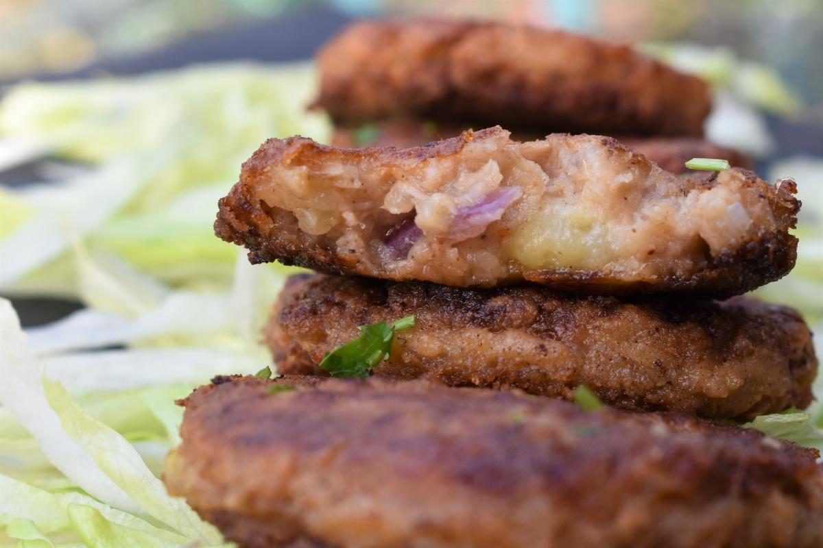 Store-cupboard tuna fishcakes