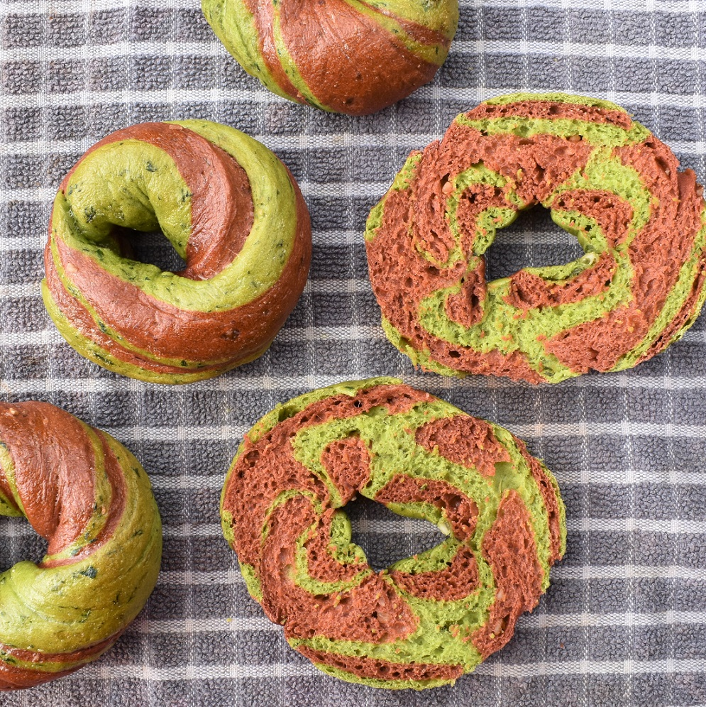 Two-tone bagels – 100% natural